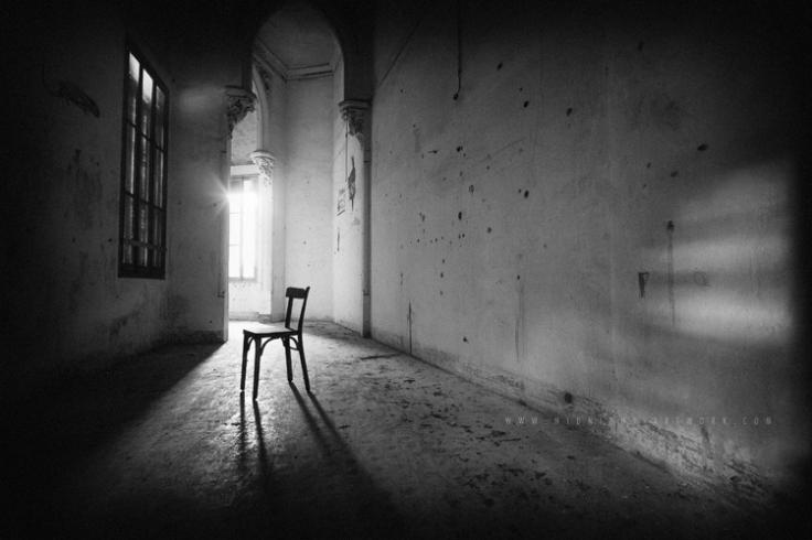 despair-chair